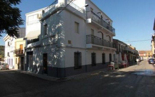 Alquiler de local en Rus - Jaén